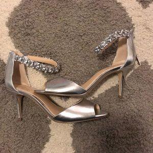 Badgley mischka size 7 heels 👠